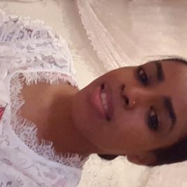 Naila, 23 ans