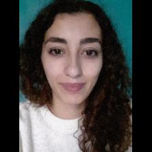 Inès, 21 ans