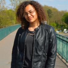 Alexia, nounou N°673784 à Asnières-sur-Seine