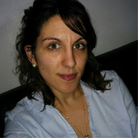 Elodie, nounou N°704898 à Canéjan