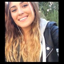 Laura, babysitter N°721869 à Cannes