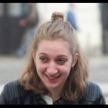 Cléia, 19 ans
