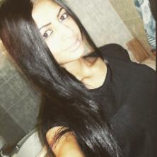 Kahina, 22 ans