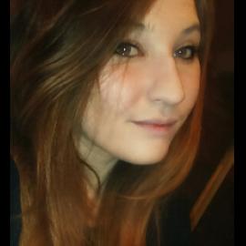 Fiona-Lou, 22 ans