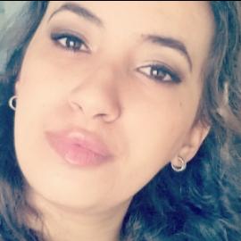 Khalida, 23 ans