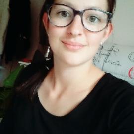 Amelie, babysitter N°751849 à Marmande