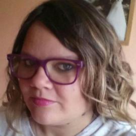 Julie, 27 ans