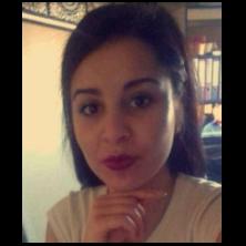 Yasmina, 21 ans