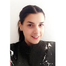 Maria Luisa, 20 ans