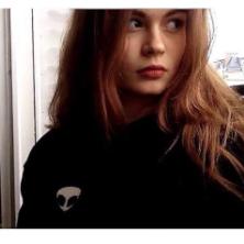 Estelle , 18 ans